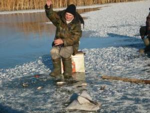 130 рыбаков сняли спасатели Татарстана со льдин