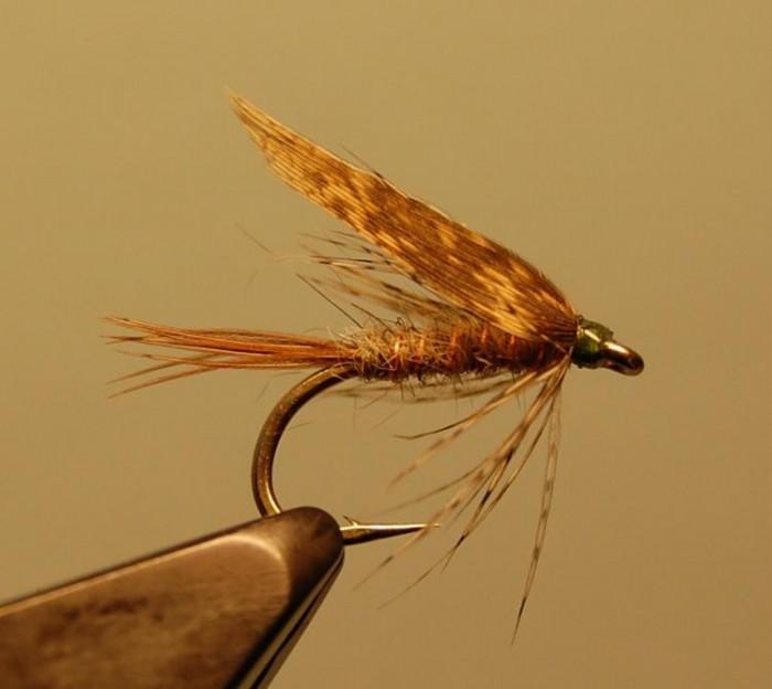 Мушка для рыбалки фото